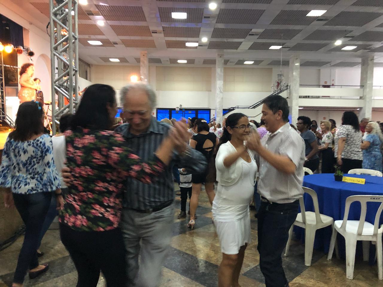 Baile 19